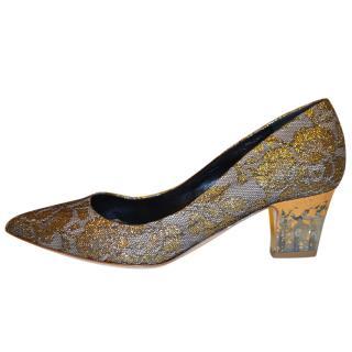 Rupert Sanderson Beige-Gold-tone Lace and leather medium heel pumps