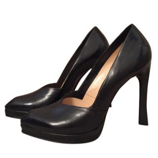 Costume National Black Leather Pumps size 38,5