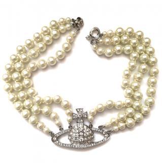 Vivienne Westwood pearl choker