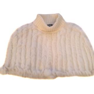 Dolce Gabbana Junior White Rabbit Fur Cape