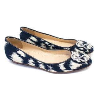Oscar de la Renta Navy Blue and White Flats