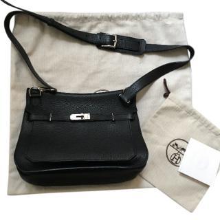Hermes Jypsiere Saddle bag in black, size 28
